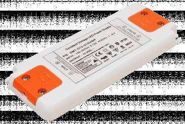 Elektronischer LED Trafo - 15Watt - für LED Lampen oder Stripes. Spannung stabilisiert 12VDC